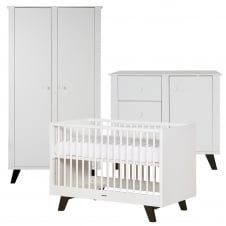 Fynn White/Black 3 Piece Room Set