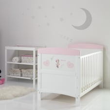 Minnie Mouse 2 Piece Room Set - Hearts